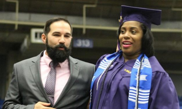 Mom Determined to Show Daughter the Importance of Education Crosses the Stage for Diploma While in Active Labor