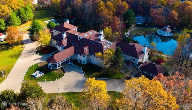 Rapper 50 Cent Just Sold His Mansion So He Could Donate All of the Profits to Charity