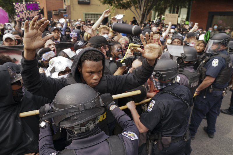 Beyond the no-knock: Push in states to reform police tactics
